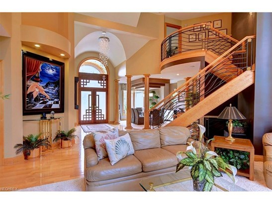6607 Bexley Ct, Independence, OH - USA (photo 5)