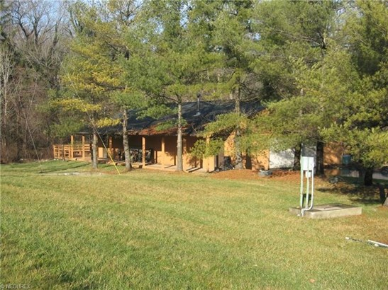 1388 Ridge Rd, Hinckley, OH - USA (photo 4)