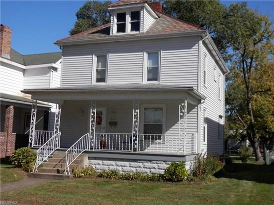 619 N Uhrich St, Uhrichsville, OH - USA (photo 1)