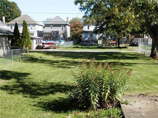 619 N Uhrich St, Uhrichsville, OH - USA (photo 3)
