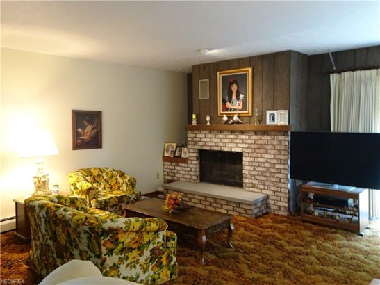 2512 Sussex Dr, New Franklin, OH - USA (photo 2)