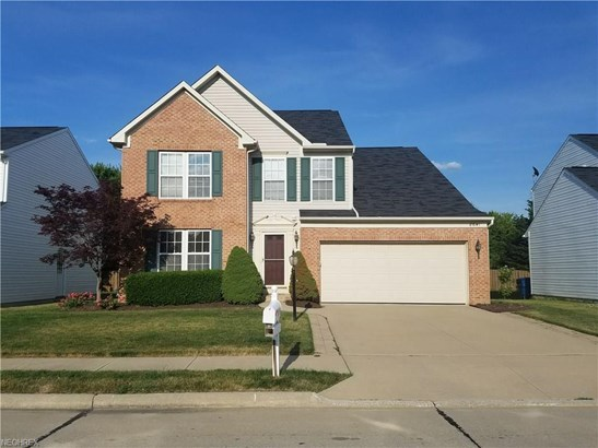 8641 Westfield Park Dr, Olmsted Township, OH - USA (photo 2)