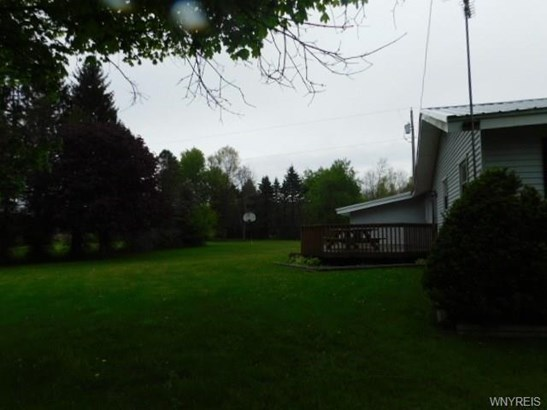 9112 South Dayton Silver Creek Road, Forestville, NY - USA (photo 4)
