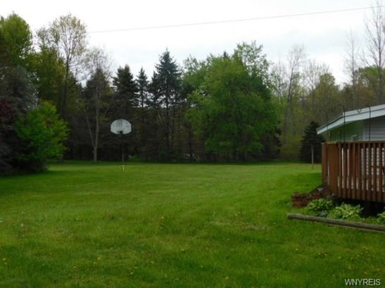 9112 South Dayton Silver Creek Road, Forestville, NY - USA (photo 5)
