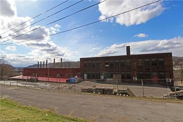 2850 Weir Avenue, Weirton, WV - USA (photo 5)