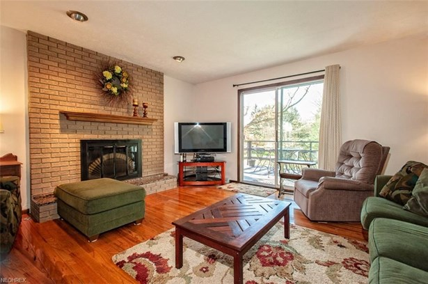 22297 Westwood Dr, Strongsville, OH - USA (photo 3)