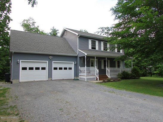 20 Rollman Circle, Hadley, NY - USA (photo 1)