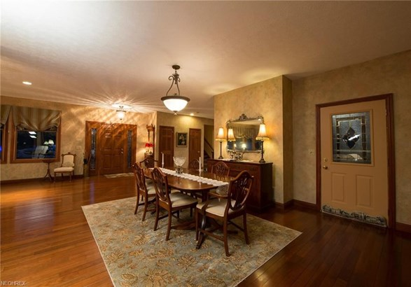 1780 Ridge Rd, Hinckley, OH - USA (photo 5)