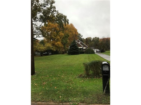 4721 Kirk Rd, Austintown, OH - USA (photo 2)