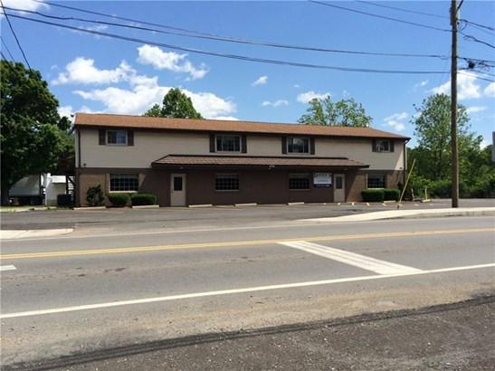 570 W Pike St, Chartiers, PA - USA (photo 1)
