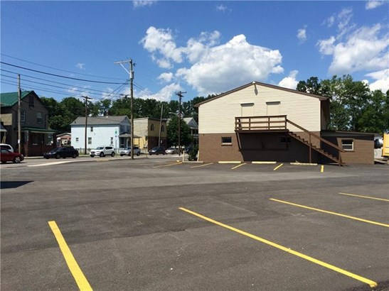 570 W Pike St, Chartiers, PA - USA (photo 3)