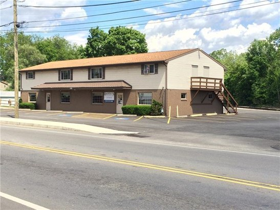 570 W Pike St, Chartiers, PA - USA (photo 4)