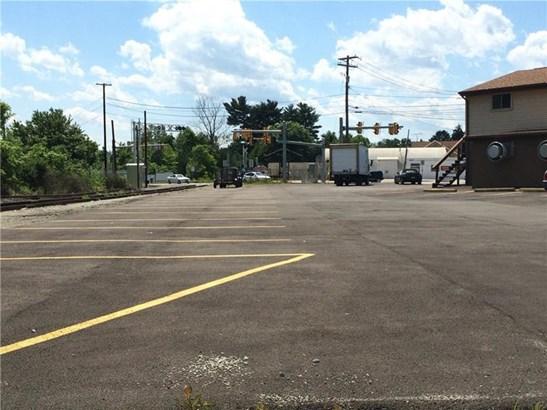 570 W Pike St, Chartiers, PA - USA (photo 5)