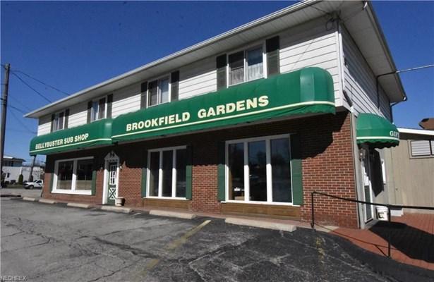 6949 Warren Sharon Rd, Brookfield, OH - USA (photo 1)