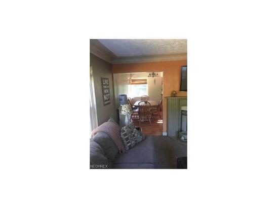 5745 Grove Rd, New Franklin, OH - USA (photo 4)