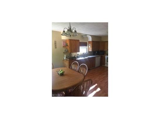 5745 Grove Rd, New Franklin, OH - USA (photo 5)