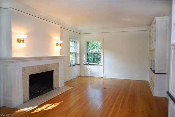 2581 Berkshire Rd, Cleveland Heights, OH - USA (photo 3)