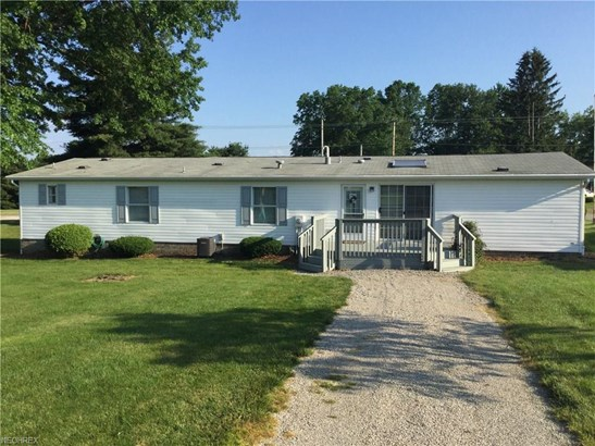 227 7th Se St, Brewster, OH - USA (photo 2)