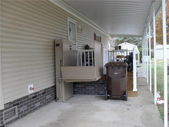 165 D St, Navarre, OH - USA (photo 3)