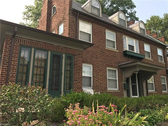 2584 Lee Rd, Cleveland Heights, OH - USA (photo 1)