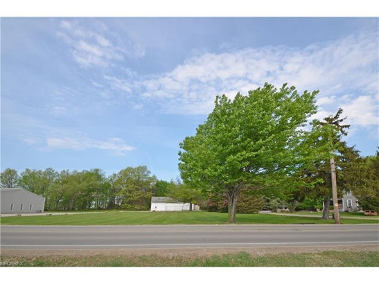 1100 Nagel Rd, Avon, OH - USA (photo 5)