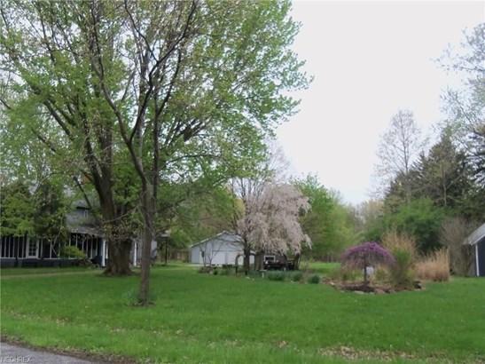 1093 Elm St, Painesville, OH - USA (photo 3)