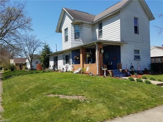 1004 N Uhrich St, Uhrichsville, OH - USA (photo 1)