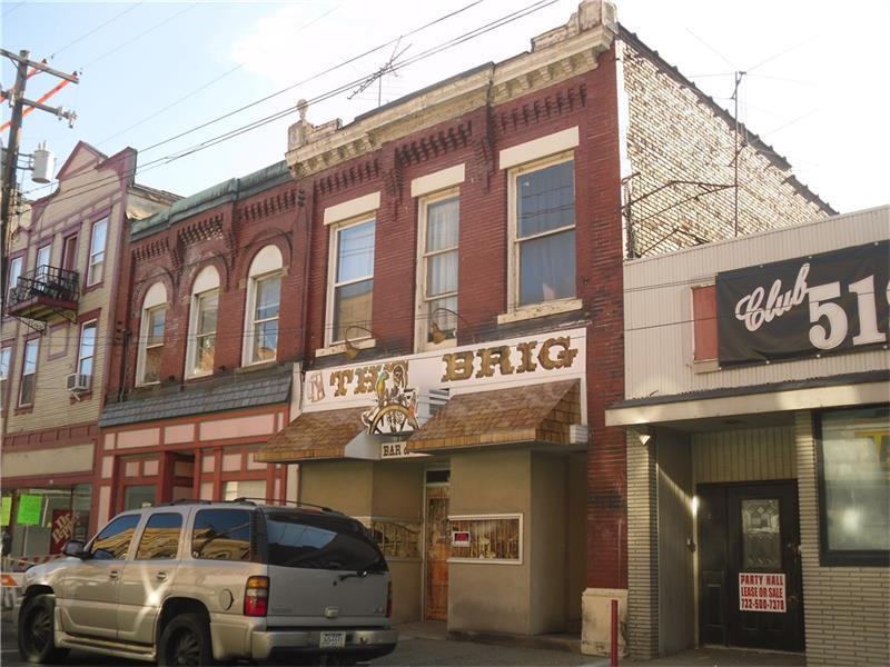517 Fallowfield Ave, Charleroi, PA - USA (photo 2)