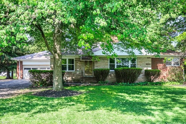 604 Miner Rd, Highland Heights, OH - USA (photo 1)