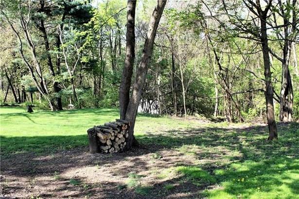 114 Neilson Dr, Jefferson Hills, PA - USA (photo 2)
