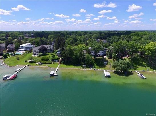2594 Comfort St, Orchard Lake, MI - USA (photo 1)