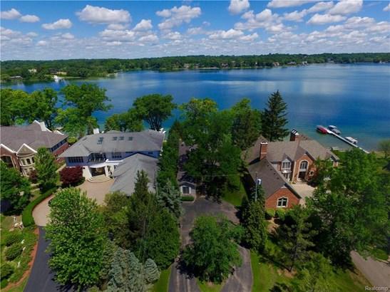 2594 Comfort St, Orchard Lake, MI - USA (photo 3)