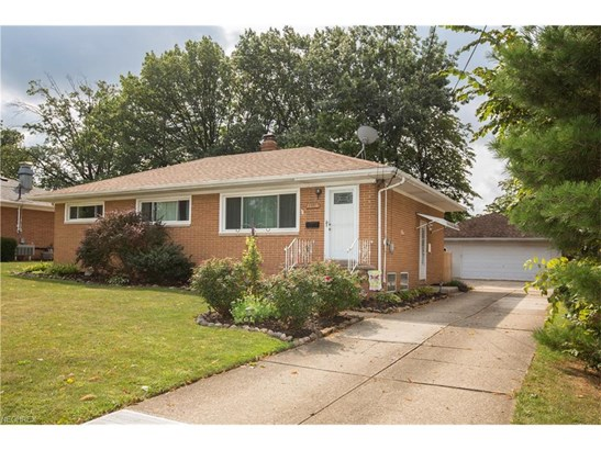 13495 Brookdale Ave, Brook Park, OH - USA (photo 3)