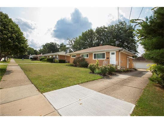13495 Brookdale Ave, Brook Park, OH - USA (photo 4)