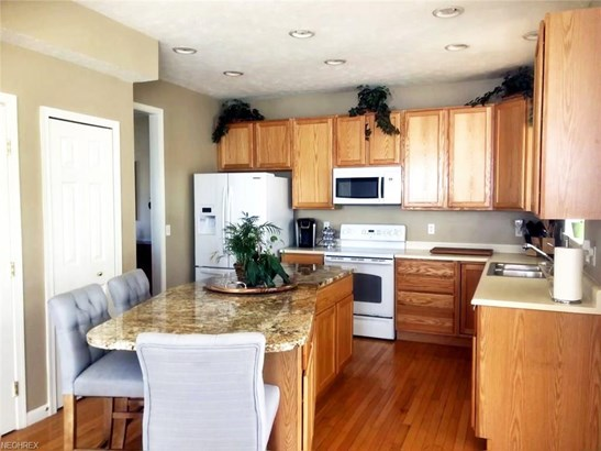 137 Colonial Dr, Painesville, OH - USA (photo 4)