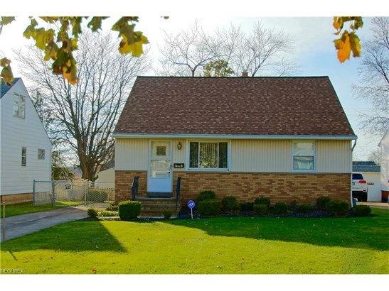 900 Mckinley Ave, Bedford, OH - USA (photo 1)