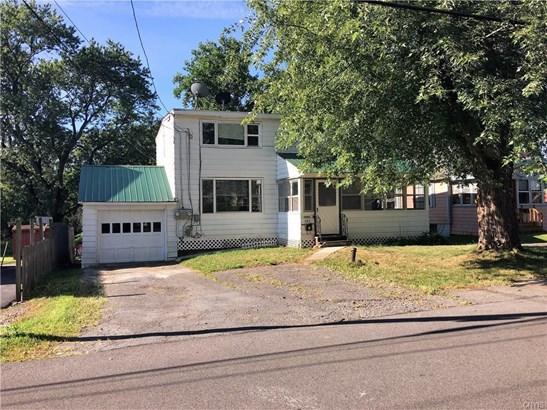 323 Garden City Drive, Salina, NY - USA (photo 1)
