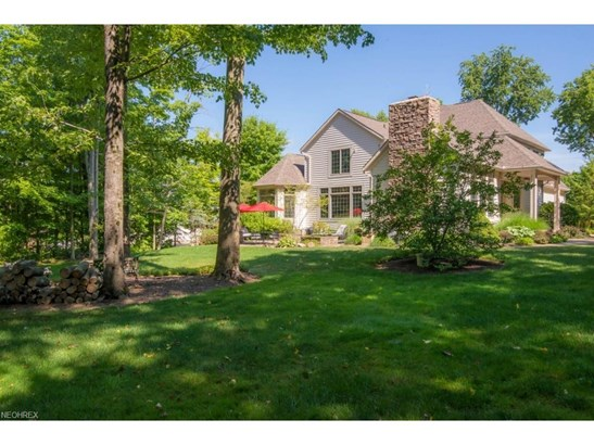 8285 Woodberry Blvd, Chagrin Falls, OH - USA (photo 2)