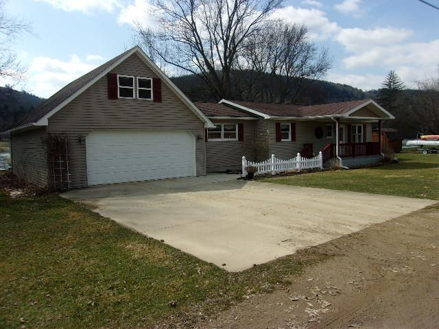 423 Deerfield Lane, Tidioute, PA - USA (photo 1)