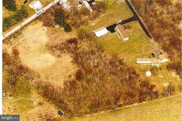 58 Back St, Plainfield, PA - USA (photo 2)