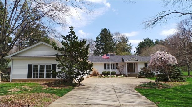26005 Butternut Ridge Rd, North Olmsted, OH - USA (photo 2)