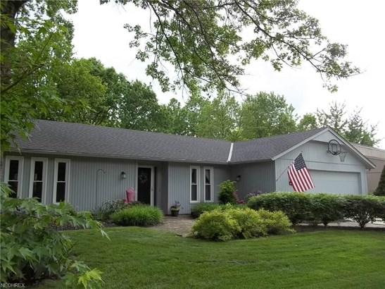 10752 Waterfall Rd, Strongsville, OH - USA (photo 1)