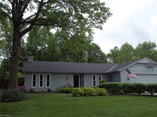 10752 Waterfall Rd, Strongsville, OH - USA (photo 2)
