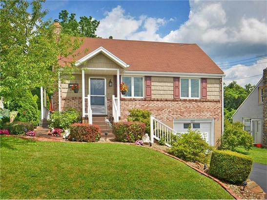 612 Overhill Dr, North Versailles, PA - USA (photo 1)