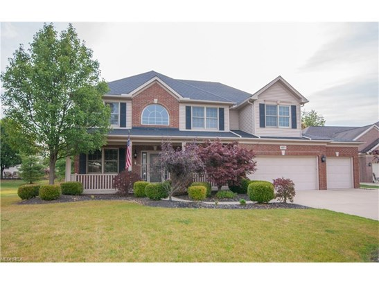 15271 Scarlet Oak Trl, Strongsville, OH - USA (photo 1)