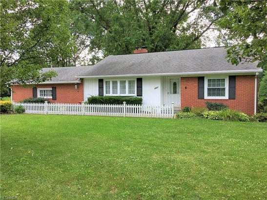 2601 Ridgedale Nw Ave, Canton, OH - USA (photo 1)