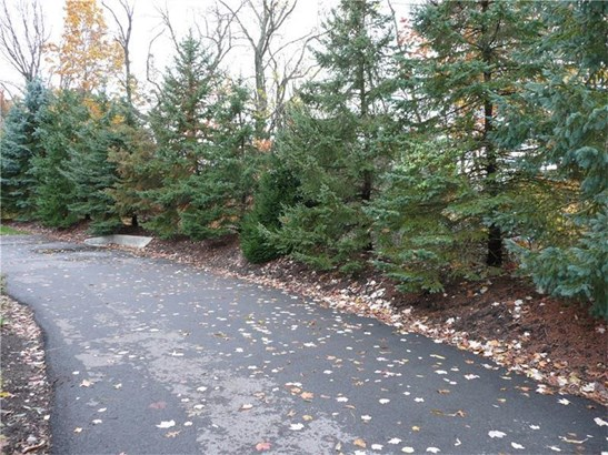 1764 Heather Heights Dr, Crescent, PA - USA (photo 2)