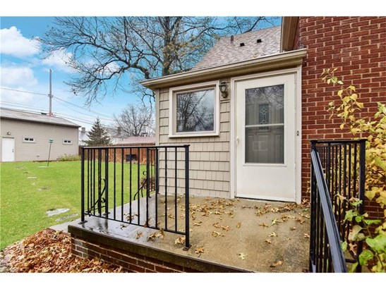 16507 Lucille Ave, Cleveland, OH - USA (photo 3)