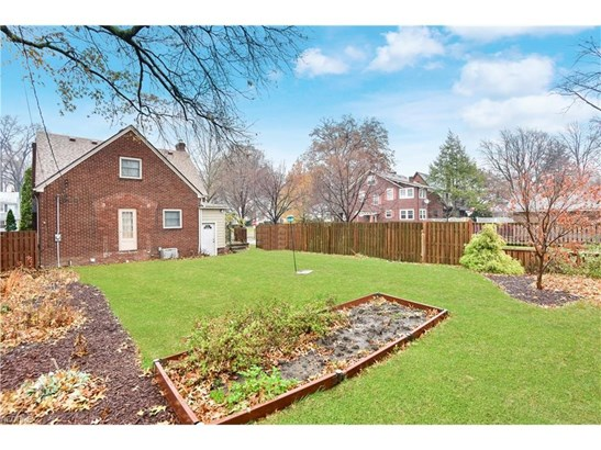 16507 Lucille Ave, Cleveland, OH - USA (photo 5)