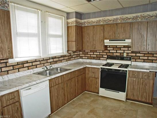 572 Virginia Ave, Follansbee, WV - USA (photo 4)